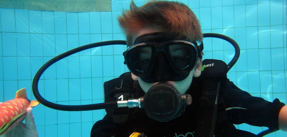 PADI Diving course Buble Maker in OK divers pool